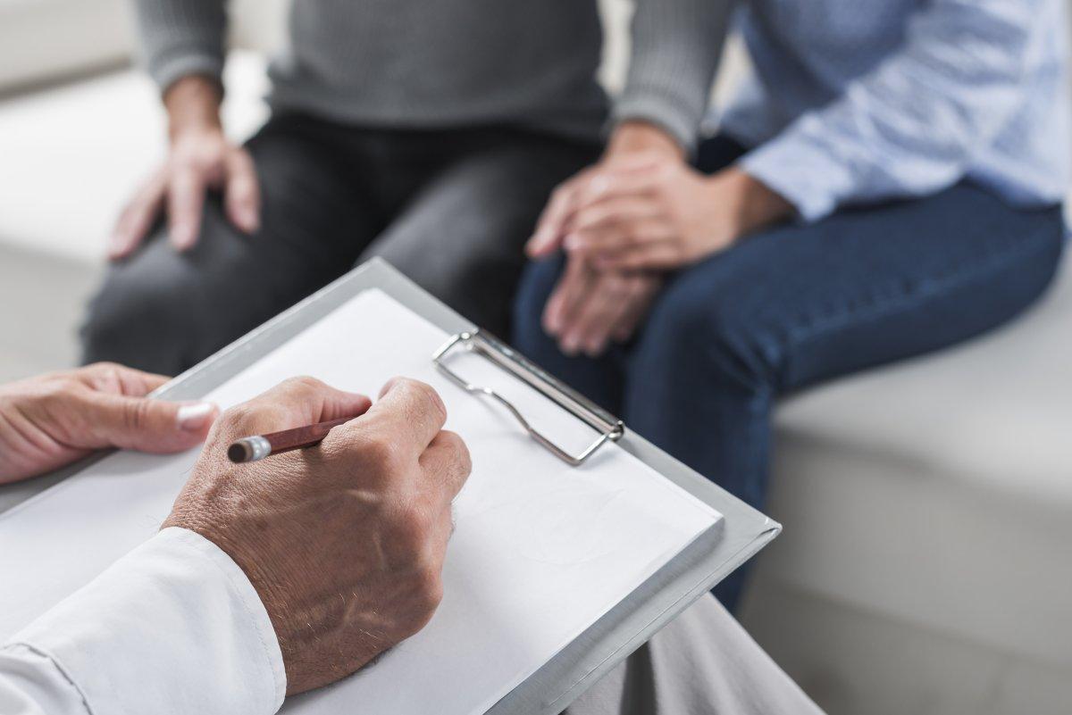 rozmowa pary u terapeuty